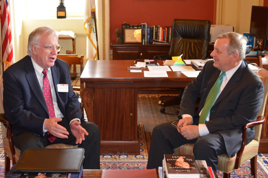 U.S. Senator Dick Durbin (D-IL) met with United Food and Commercial Workers President Joe Hansen to discuss labor issues