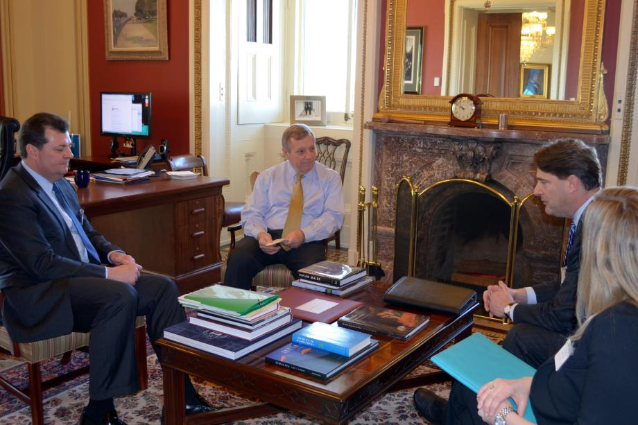 U.S. Senator Dick Durbin (D-IL) met with Casey Keller, Wrigley's Regional President for North America, to discuss sugar reform and industry developments.