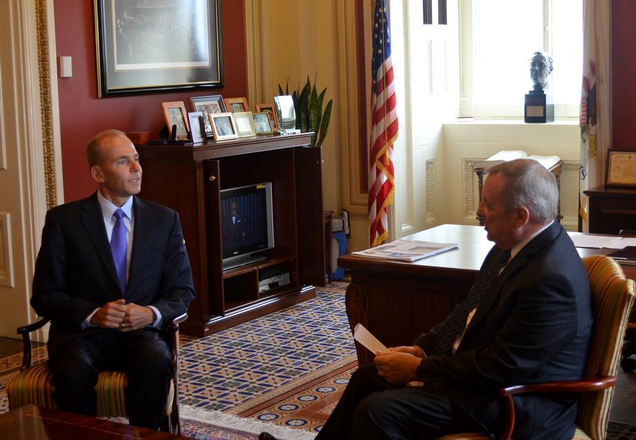 [WASHINGTON, D.C.] September 29, 2015 - U.S. Senator Dick Durbin (D-IL) met with the new CEO of Boeing, Dennis Muilenburg.
