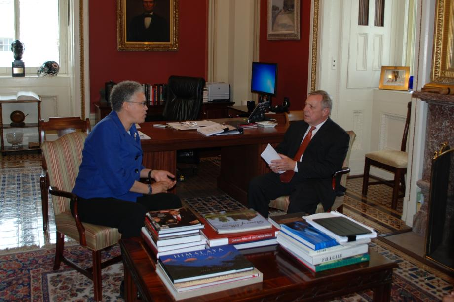 Sen. Durbin met with Cook County Board President Toni Preckwinkle to discuss Cook County's Medicaid waiver application.