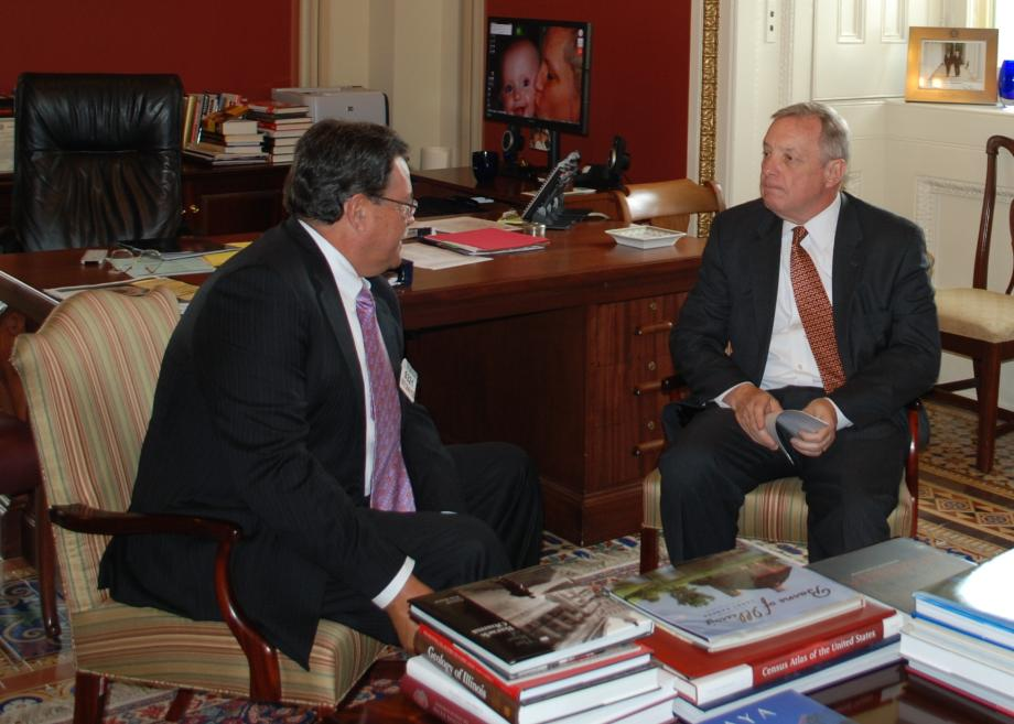 Senator Durbin met with CSX CEO Michael Ward.