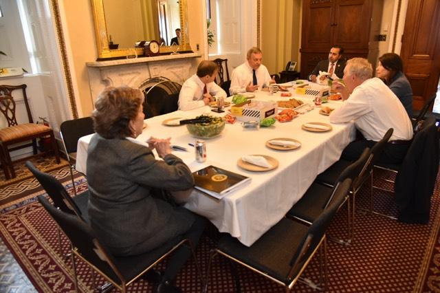 Durbin Hosts Bipartisan Illinois Delegation Lunch