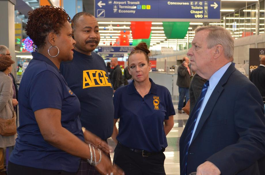 Durbin with TSA Employees at O'Hare Airport