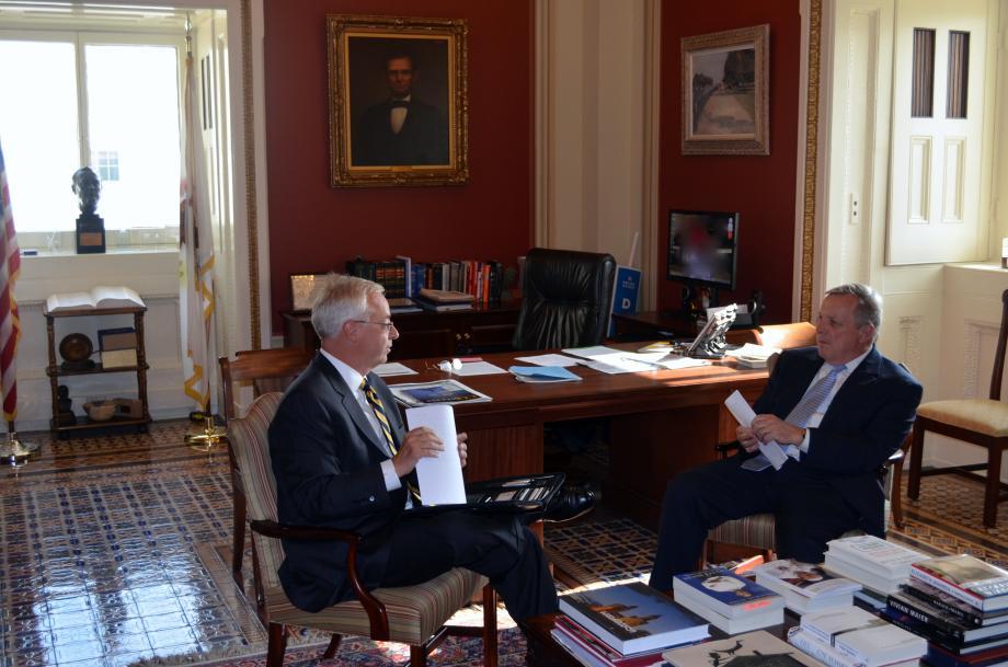 U.S. Senator Dick Durbin (D-IL) met with FutureGen Alliance CEO Ken Humphreys for an update on FutureGen 2.0 project in Central Illinois.