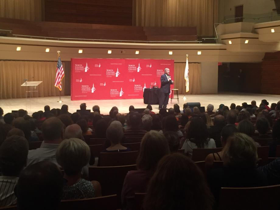 August 24, 2017 – Senator Durbin participated in a town hall meeting in Naperville.