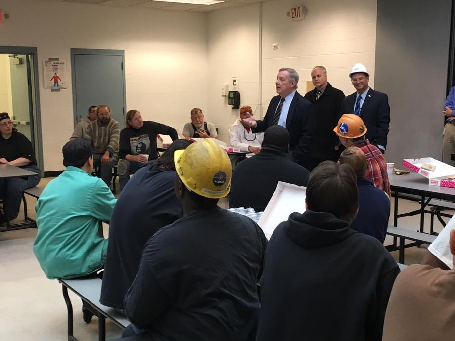 Durbin Visits Metra's Railcar Rehabilitation Center