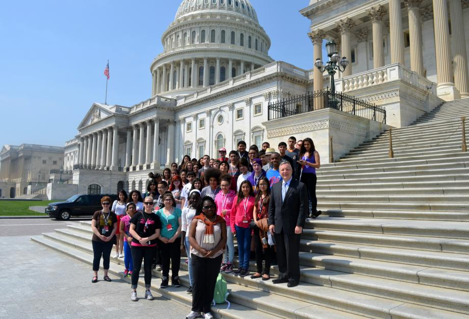 U.S. Seantor Dick Durbin (D-IL) met with Students at Jack Benny Middle School in Waukegan, Illinois who were on a school trip to DC.