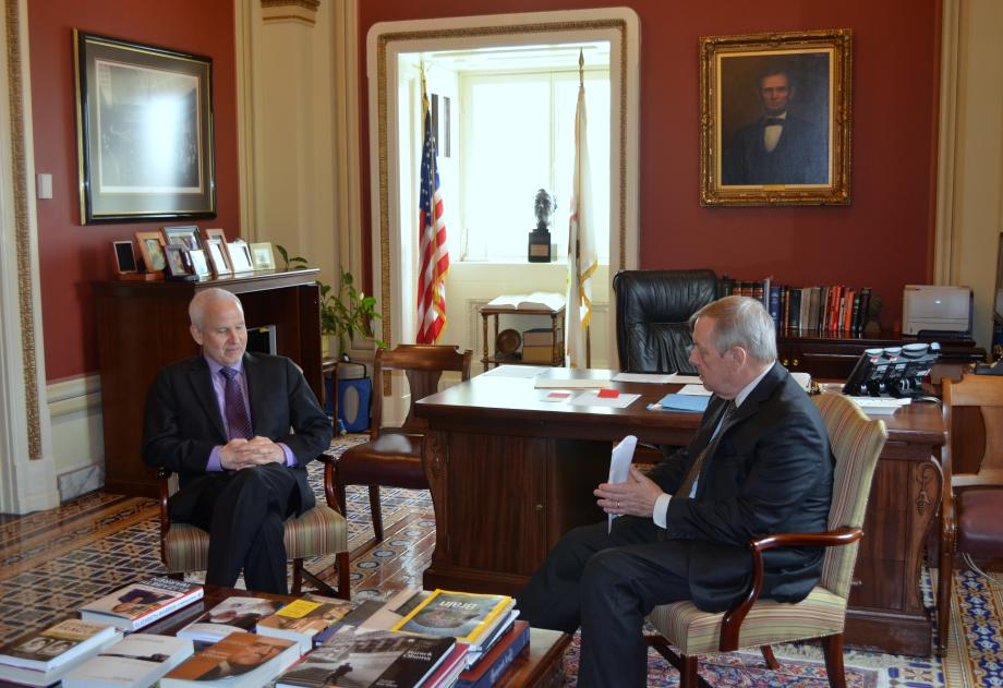 U.S. Senator Dick Durbin (D-IL) met with Northwestern University President Morton Schapiro to discuss higher education issues, including the growing porblem of student loan debt.