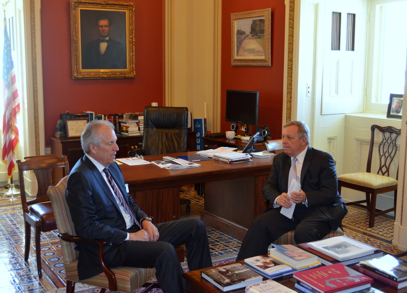 U.S. Senator Dick Durbin (D-IL) met with Boeing CEO Jim McNerney to discuss the company's operations in Illinois.