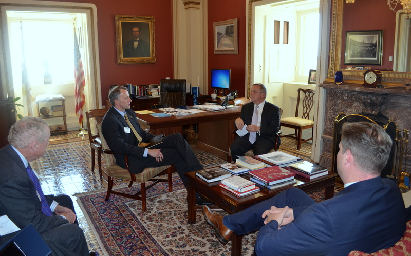 U.S. Senator Dick Durbin (D-IL) met with United Service Organizations President Brigadier General John Pray, Jr to talk about support for American troops and military families.