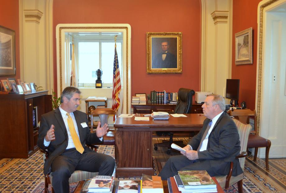U.S. Senator Dick Durbin (D-IL) met with US Steel CEO Mario Longhi to discuss Illinois operations.