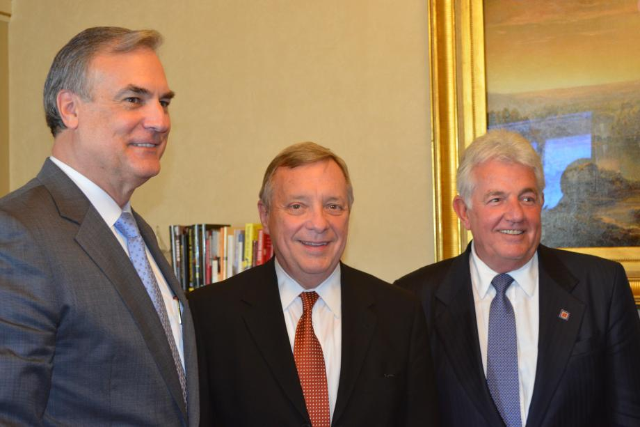 U.S. Senator Dick Durbin (D-IL) met with Illinois members of the Wine and Spirits Wholesalers of America to discuss tax issues.