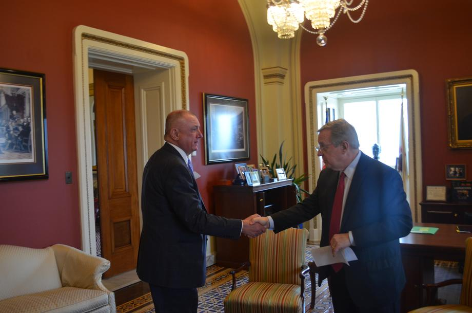 Durbin Meets With CEO Of Corn Growers Association