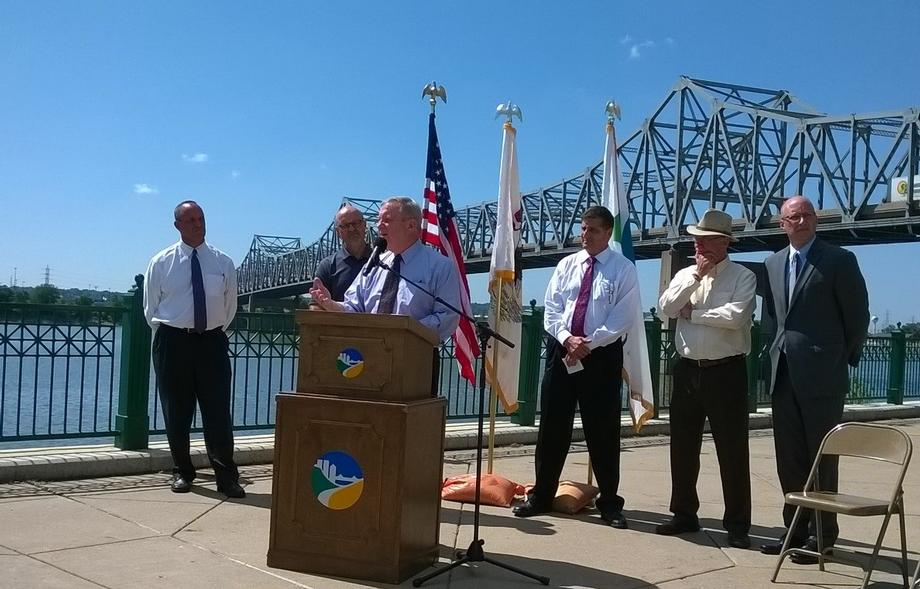 I joined local officials in Peoria to discuss the need for Congress to pass a long-term transportation bill with increased funding to meet our nation's infrastructure needs on Wednesday, August 12.