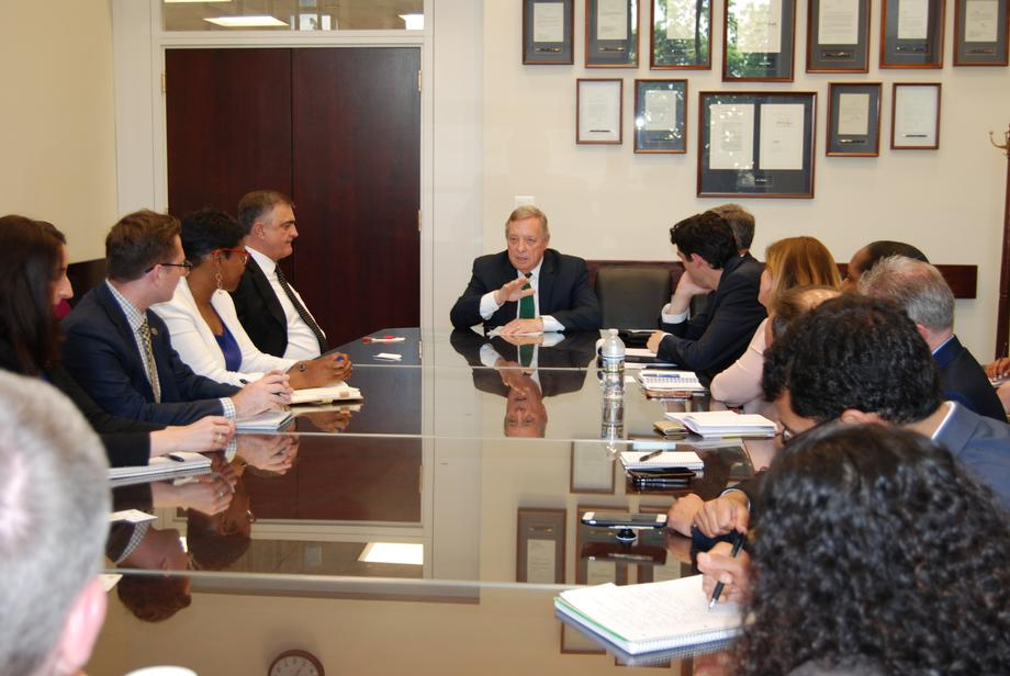 Durbin Meets With Labor Groups
