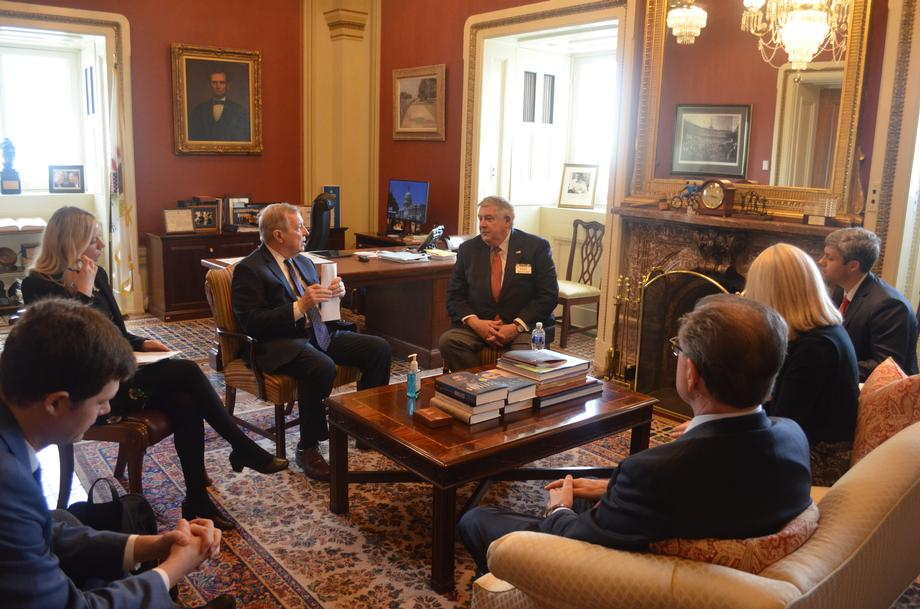 Durbin Meets With Illinois Public Transportation Officials